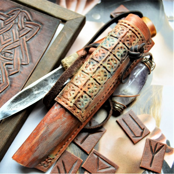 Ножны кожаные для ножа с фиксированным клинком арт et26